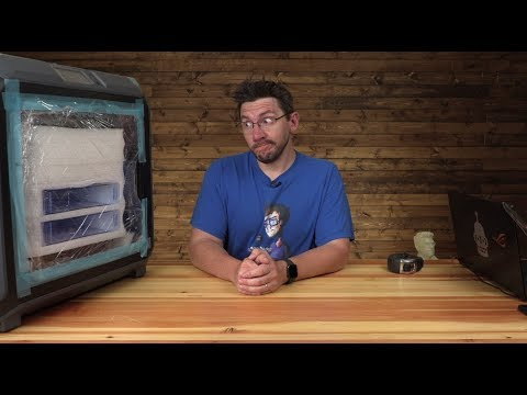 Unboxing the Flashforge Creator 3!!
