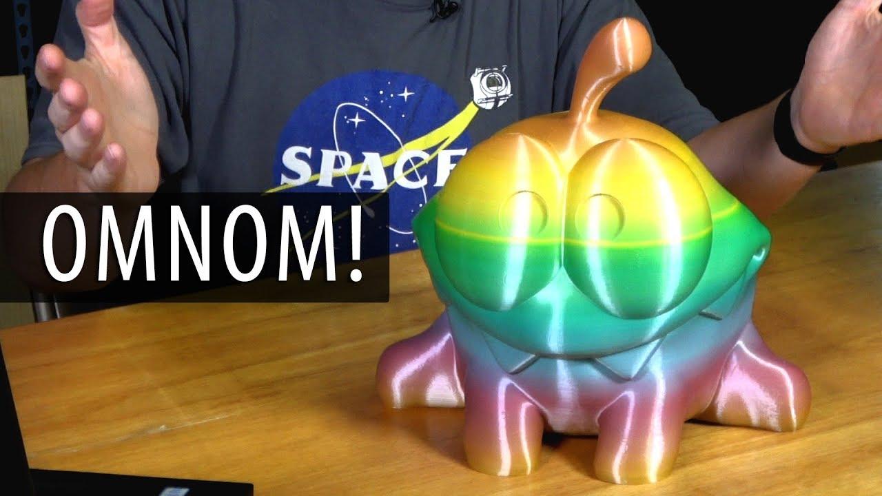 3D Printing Omnom (Cut The Rope) on the FORMBOT T-REX2+ using Stronghero3D Splendid Rainbow filament