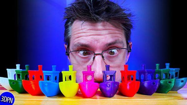 9 3D Printers Make 11 3DBenchy Boats